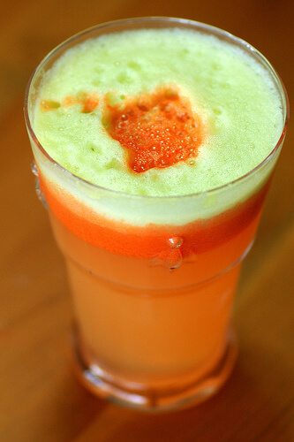 apple-and carrot-juice-