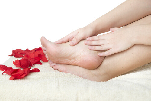 10 Steps to Healthy Feet