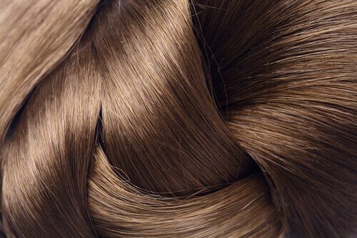 How to Strengthen Your Hair: 4 Natural Remedies