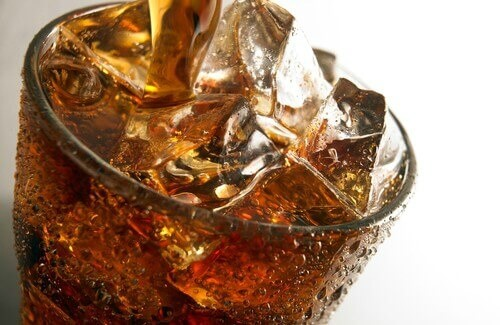 How Soda Damages Your Teeth