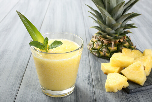 Juice of pineapple