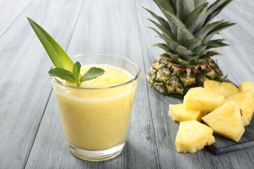 Juice of pineapple