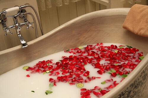 bath petal
