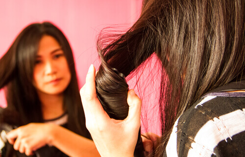 Straighten Your Hair Without Damaging It