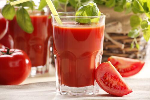 tomato-drink