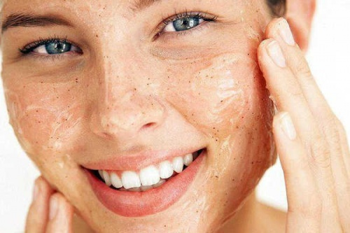 3 Natural Exfoliants for Radiant Skin