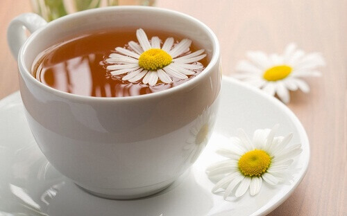 Herbal Teas to Fight Insomnia