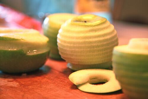 Peeled-apple-9