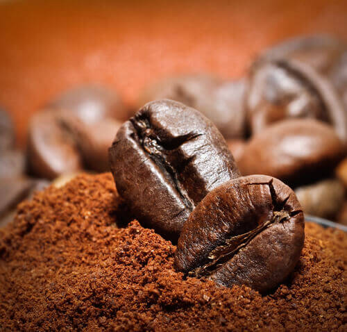 Use Coffee To Freshen Up